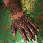 henna_2_small-frontpage